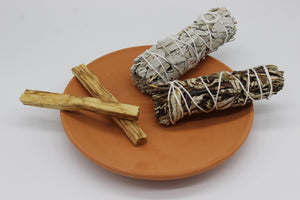 "4"" WHITE SAGE YERBA SANTA SMUDGE STICKS PALO SANTO WOOD ON TERRACOTTA PLATE GIFT SET"