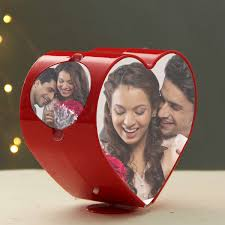 Spinning Heart Photo Frame - The ShopCircuit