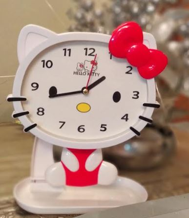 Kitty Swing Table Clock - The ShopCircuit