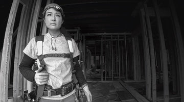 Elly Hart, an Aussie carpenter living in Vancouver on her journey to becoming a qualified carpenter.
