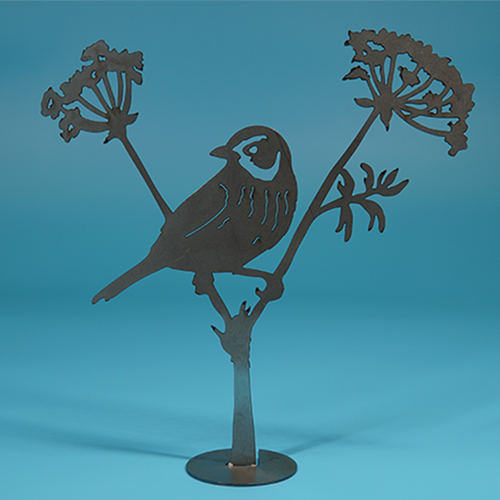 W4411 Sparrow on Anise -  Rust & Raw Steel