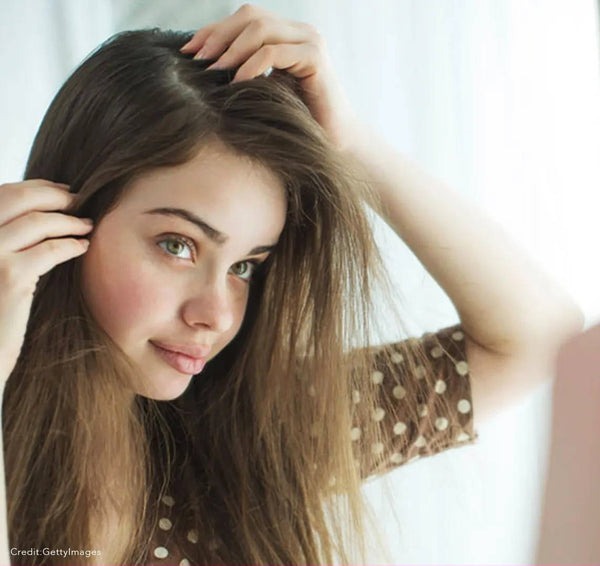 How  To Get Rid Of Winter Dandruff