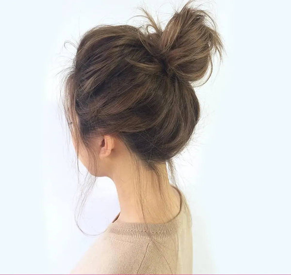 How to Master a Quick Messy Bun