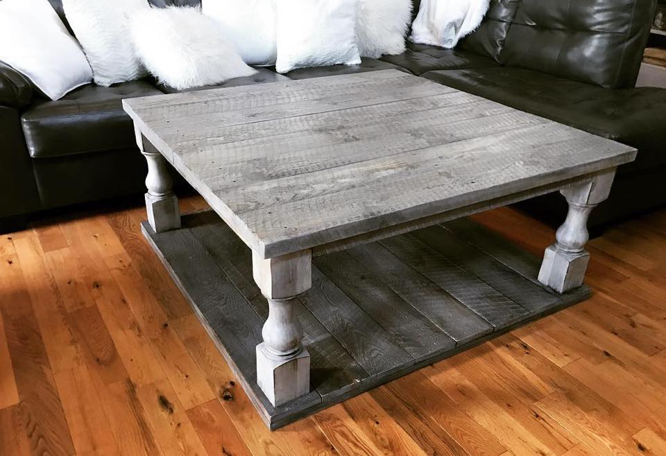 Driftwood Gray / Rustic Balustrade Coffee Table [In-Store-Only]