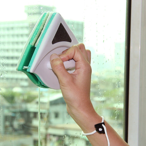 Magnetic Window Cleaner - Bargainsfan
