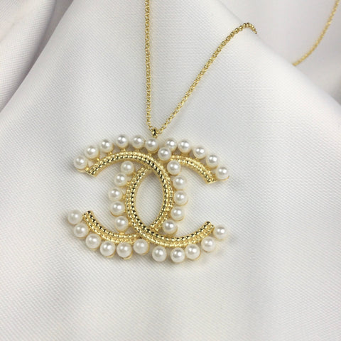 Famous Brand Inspired Necklace and Shell Pearl 18k Gold Plated