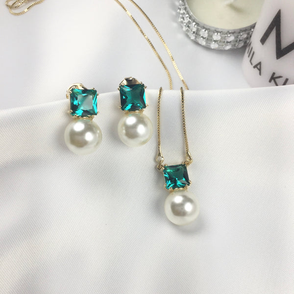 Set Delicate Emerald Crystal and Pearl 18k Gold Plated