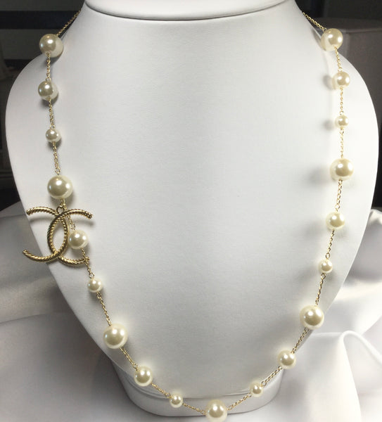 Elegant Famous Brand Inspired Freshwater Pearl Necklace 18K Gold Plated