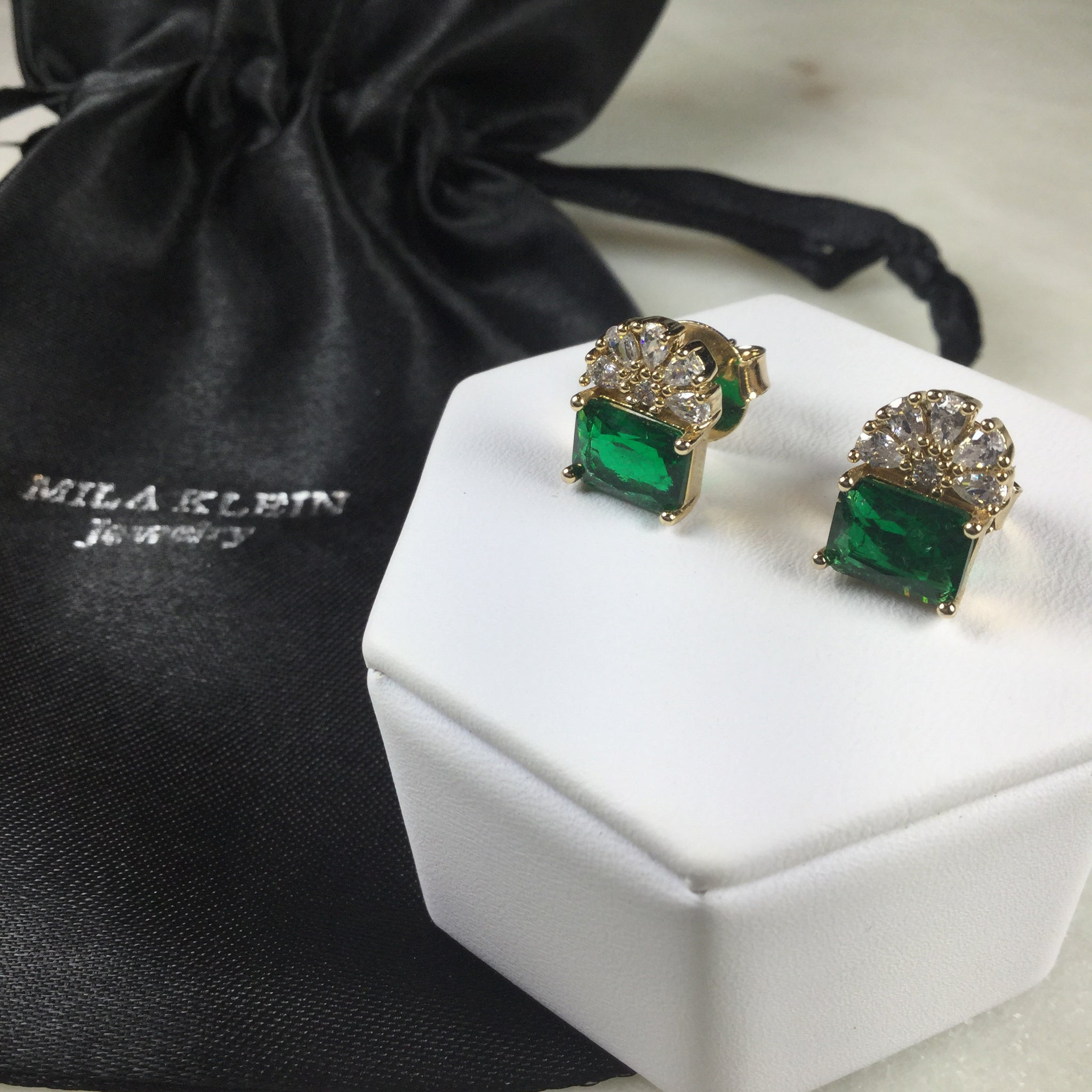 Rectangle Emerald fusion flower earrings 18k gold plated