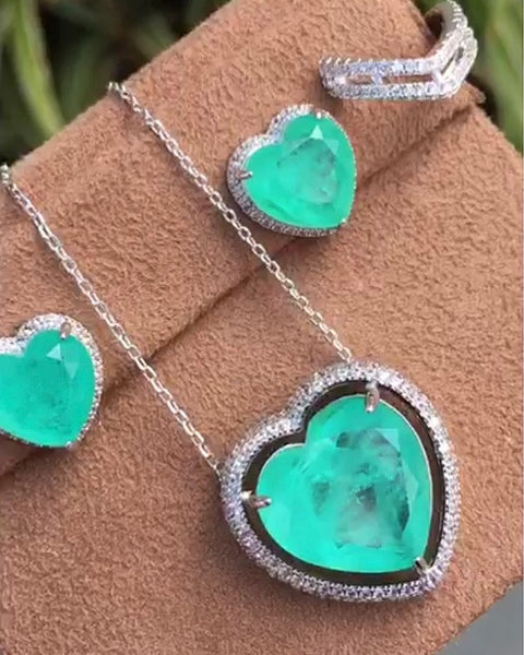 Heart Necklace Colombian Emerald Fusion and zirconia