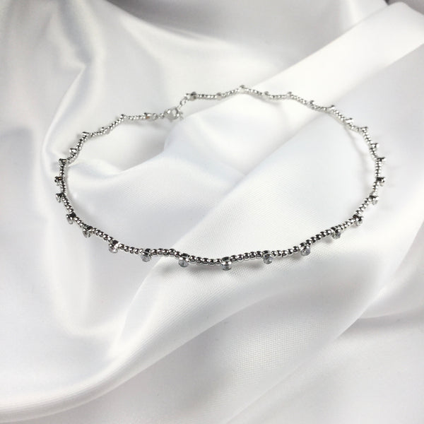 Delicate Choker zigzag with small spheres and crystals