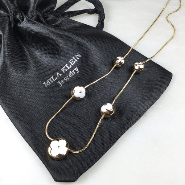 Fancy Flower & spheres Black & White Necklace 18K Gold Plate