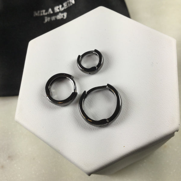 Set of Three hoop earrings black rhodium