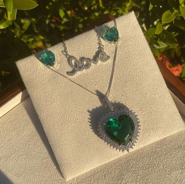 Maxi Heart Necklace Emerald Crystal and Premium CZ