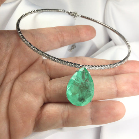 Luxury Choker Colombian Emerald Fusion