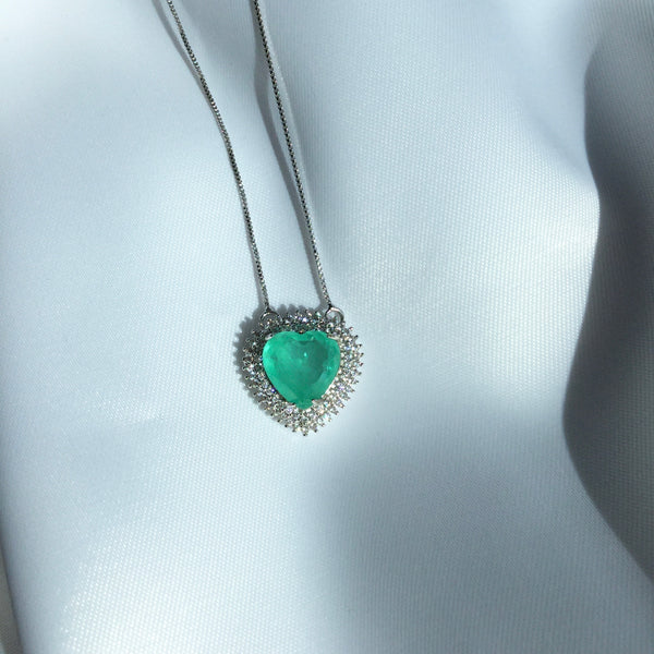 Colombia Emerald Heart Necklace and Diamondettes