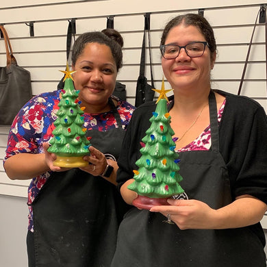 07/22/2020 (6:30PM) Ceramic Vintage Style Christmas Workshop (Southern Pines)