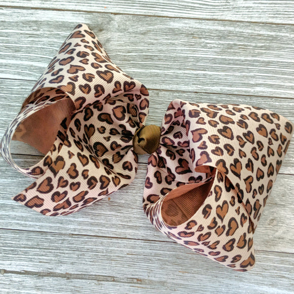 Jumbo 7-8 Inch Leopard in Love Ribbon Hair Bow