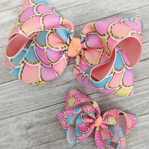 "4"" Light Pink, Peach, and Aqua Mermaid Scale Ribbon Hair Bow"