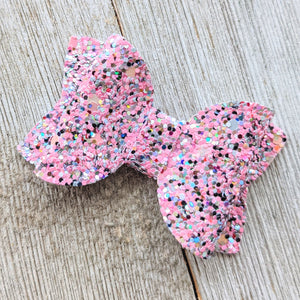 "2.5"" Pink Speckled Glitter Bow"