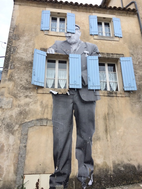 JR in Bonnieux