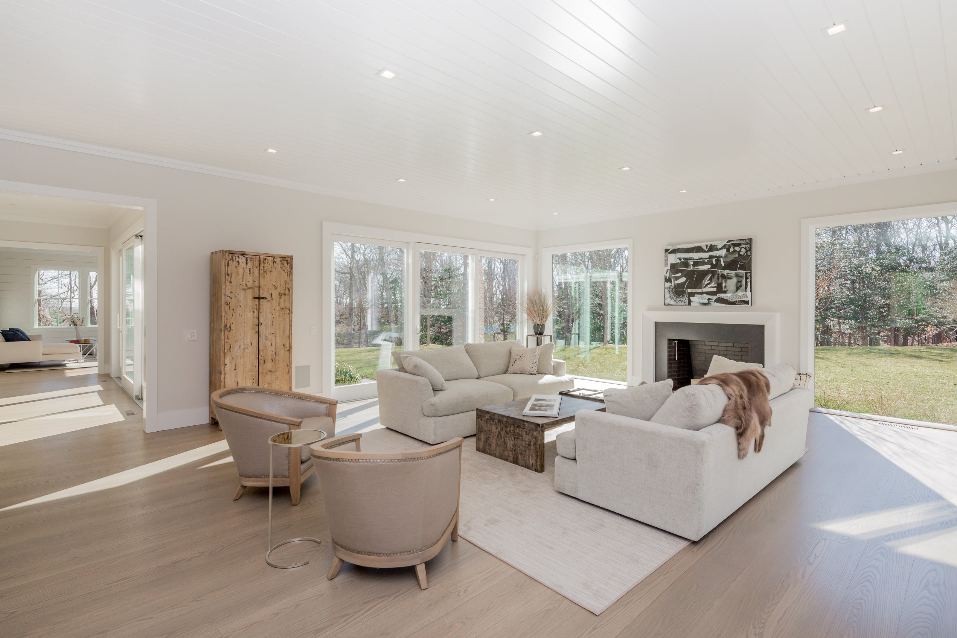 Golf Club Lane, Amagansett, NY | Interior Design/Staging by Lynda Sylvester