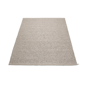 East Hampton Plastic Floor Mats Mud/Metallic (Multiple Sizes)