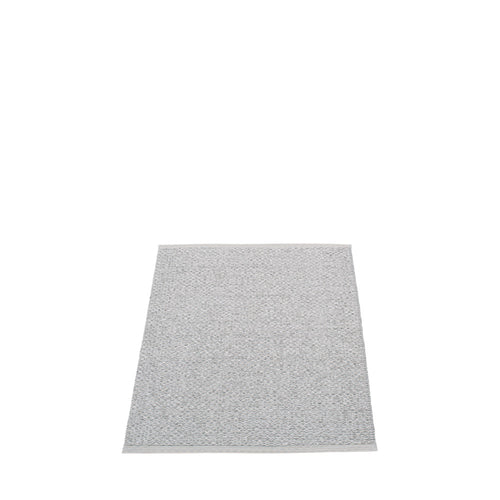East Hampton Plastic Floor Mats Light Grey/Metallic (Multiple Sizes)
