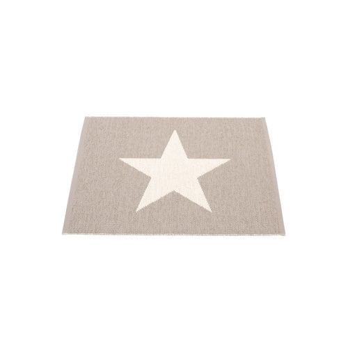 Sagaponack Plastic Floor Mats Mud/Vanilla (Multiple Sizes)