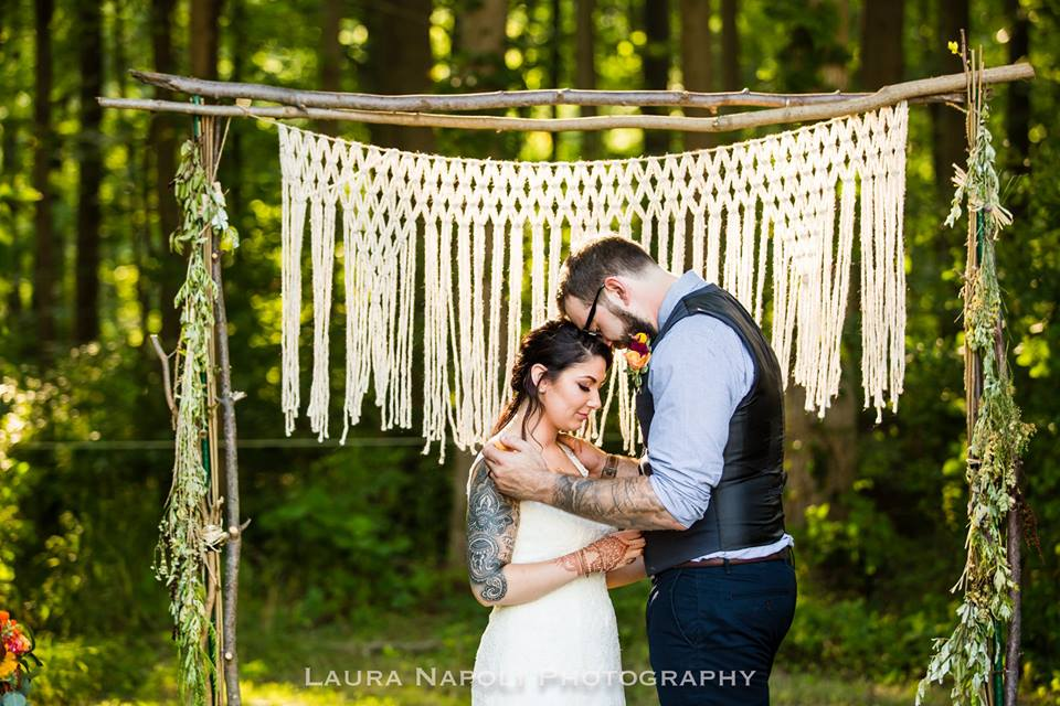 The House Phoenix Handmade Yarn Macrame Altar Hanging Wedding Backdrop