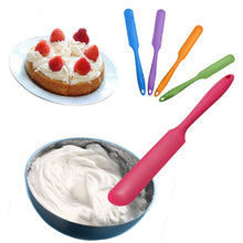 1 x Silicone Batter Spatula Cake Cream Mixer Long Handled Models Baking Scraper Random Color