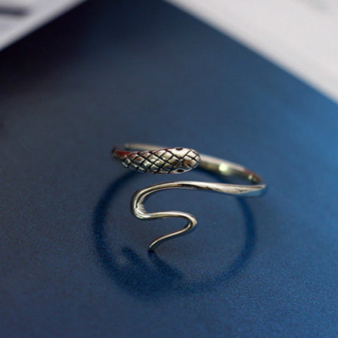 Flyleaf 925 Sterling Silver Sneaky Snake Ring For Women