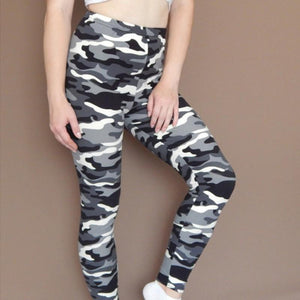 Camo Ultra Elastic Leggings Leggings 01 / One Size