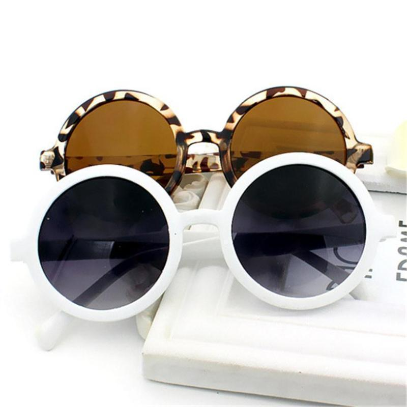 Classic Round Frame Sunglasses Sunglasses Loom Rack