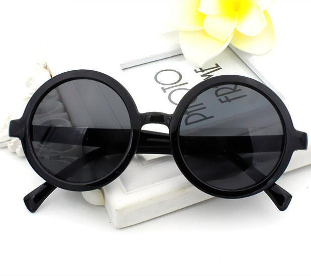 Classic Round Frame Sunglasses Sunglasses Loom Rack Black