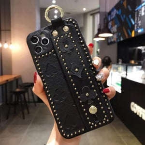 Luxury 3D Monogram Phone Case with Hand Strap Holder Phone Accessories Loom Rack Black For iPhone X