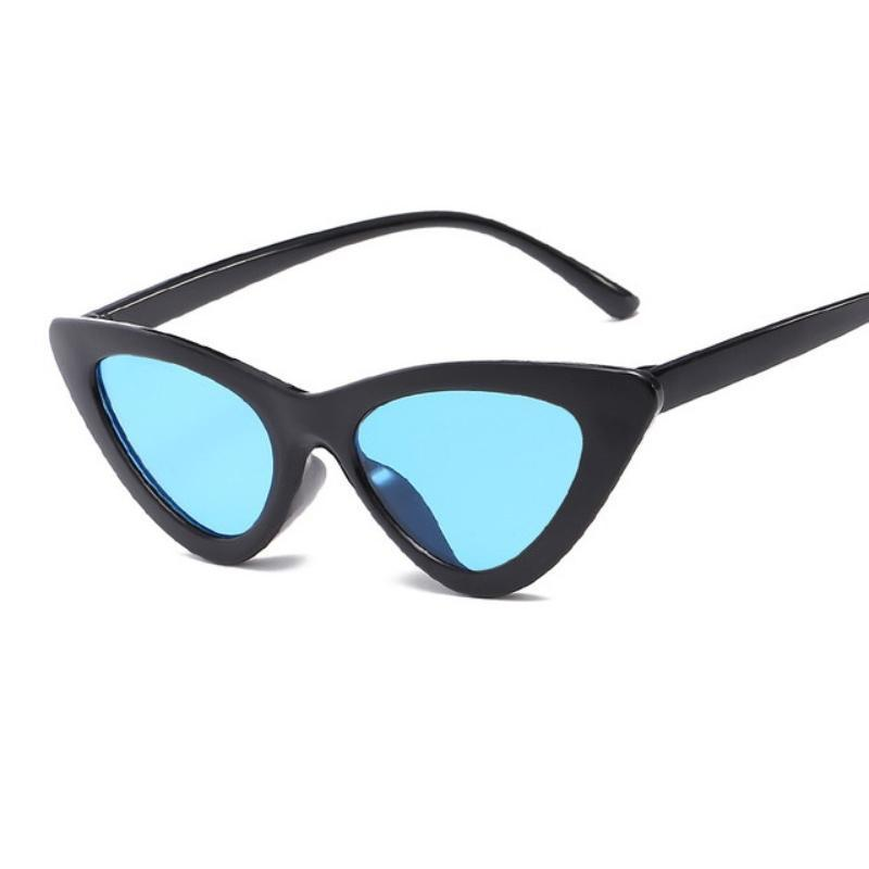 Retro Cat Eye Pointy Sunglasses Sunglasses Loom Rack Black Frame/Blue Lens
