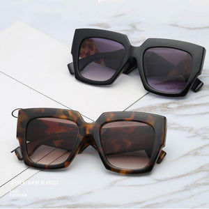 Retro Oversized Bold Frame Sunglasses Sunglasses Loom Rack