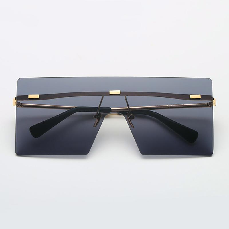 Ultra-edgy Square Flat Sunglasses Sunglasses Loom Rack Black