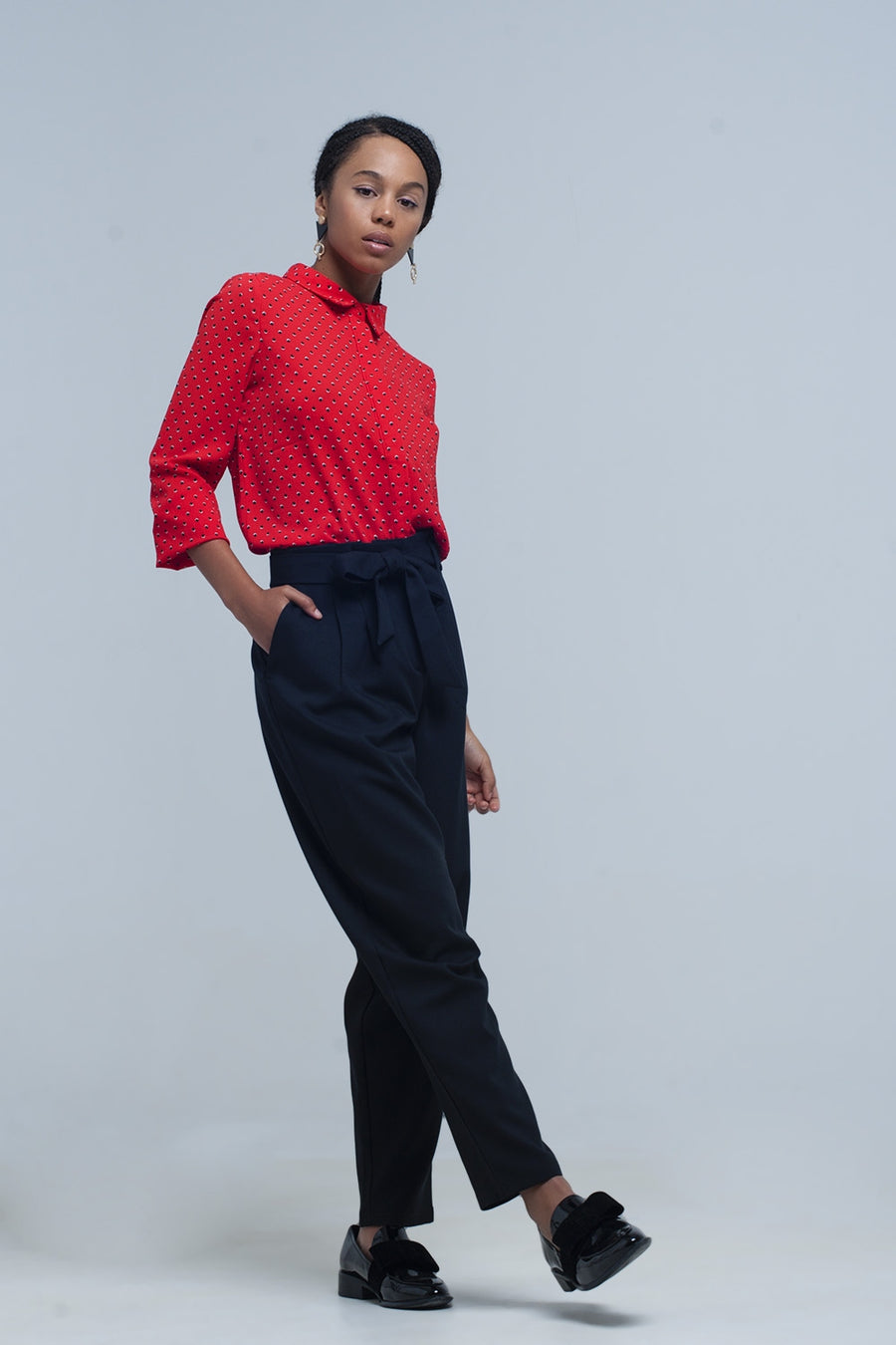 High waist black pants with belt