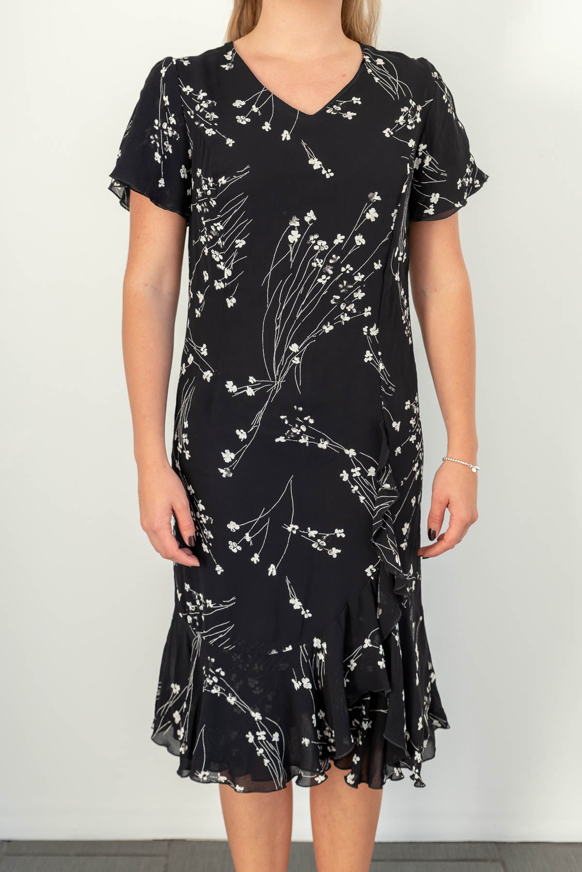 Carolin black & white flower vintage dress, small | Hyvä Helsinki