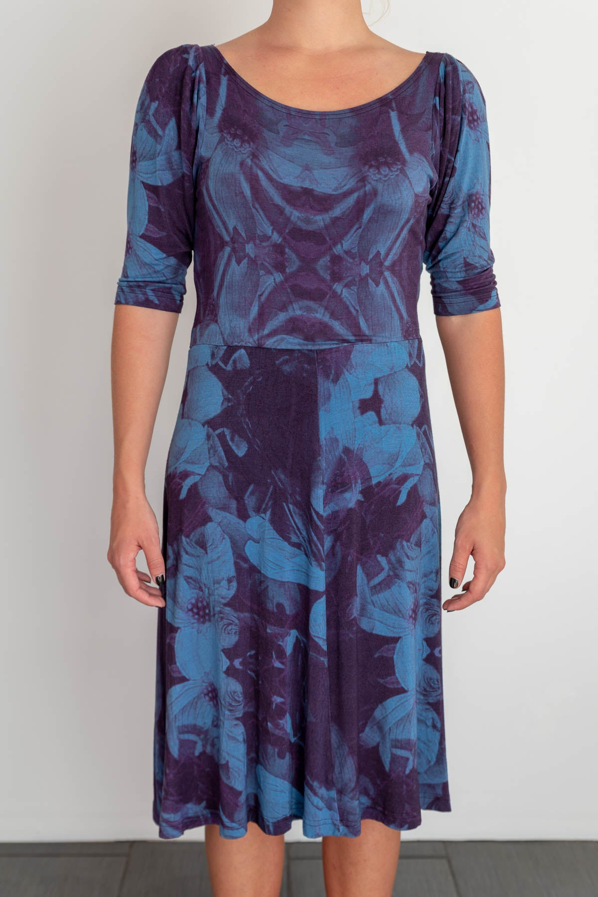 Vintage dress with blue & purple flowers by Finnish fashion brand Ivana Helsinki, size L