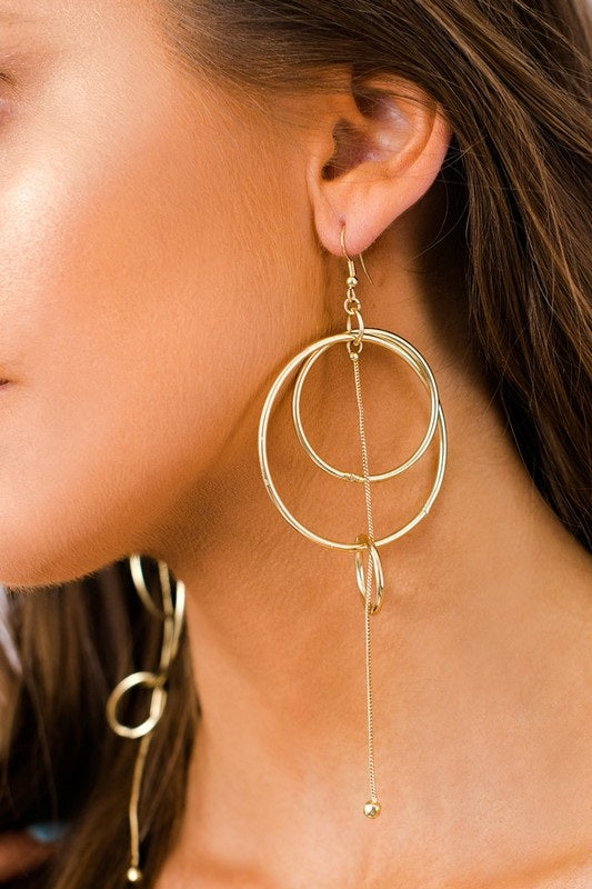 MODERN TRIPLE HOOP EARRINGS