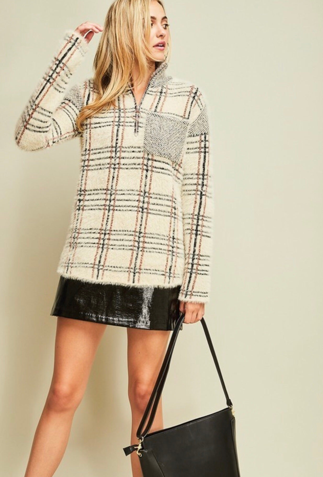 CREAM FUZZY PLAID SHERPA PULLOVER