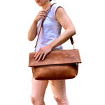 Brown leather tote / Crossbody Clutch bag