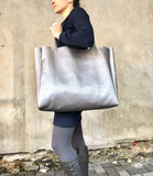 Metallic silver oversized leather bag, Large shopper carryall