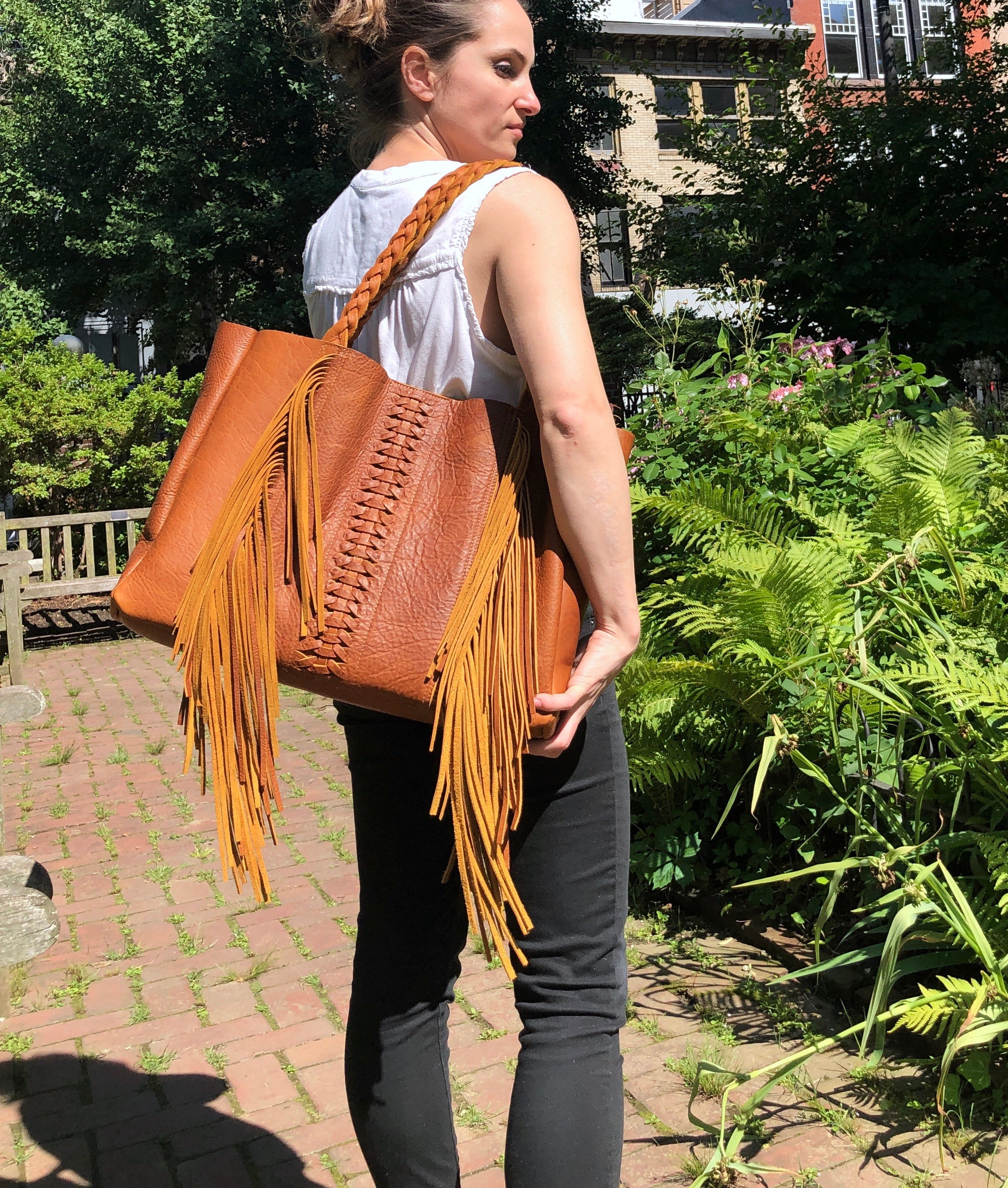 Cognac, boho chic braided leather bag