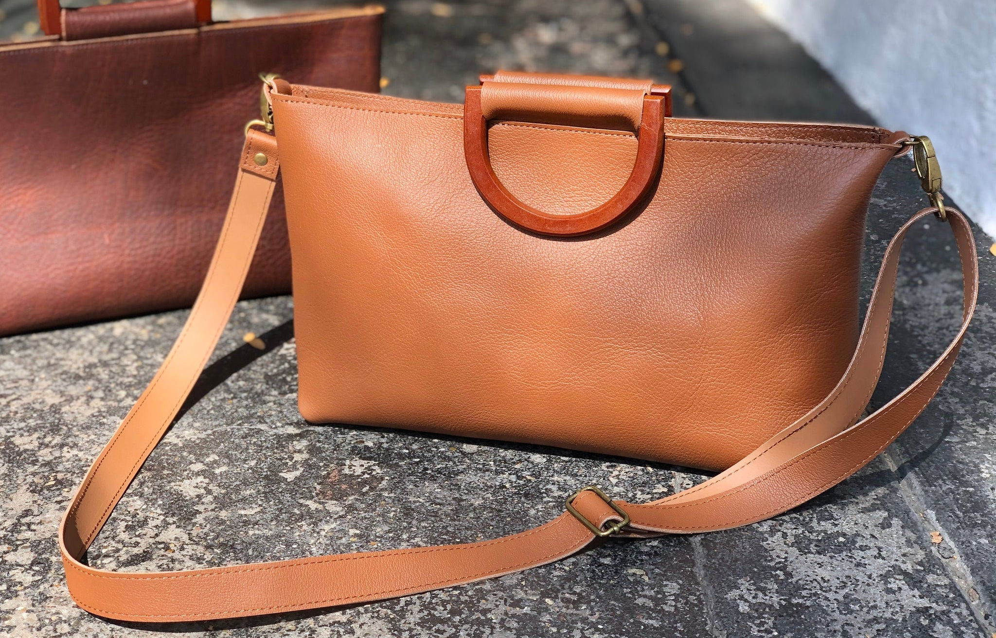 Camel brown leather everyday bag, Small evening purse