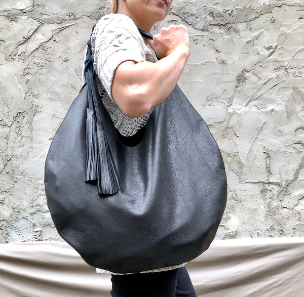 Black, slouchy shoulder bag, Round hobo bag