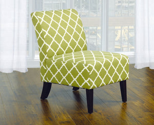 Accent Chair Quatrefoil Design Fabric with Wooden Legs - Green